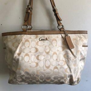 COACH Medium Interwoven Jacquard Bag - White
